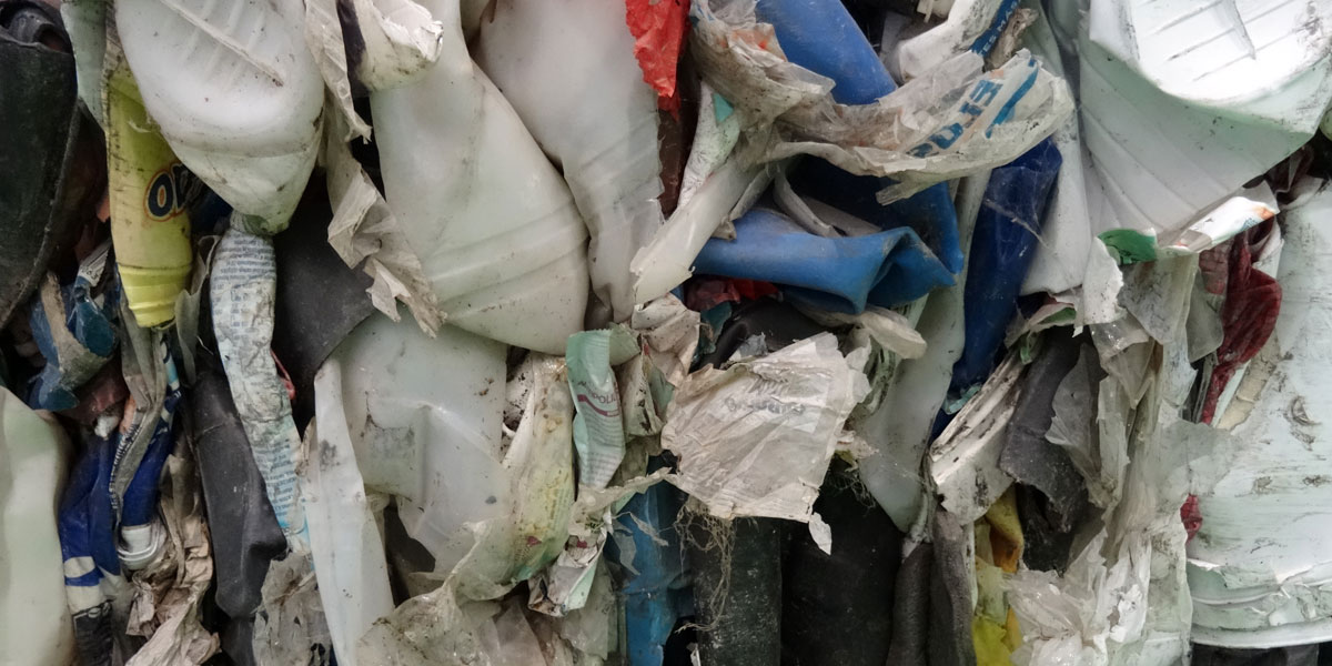 Residuos textiles y plásticos
