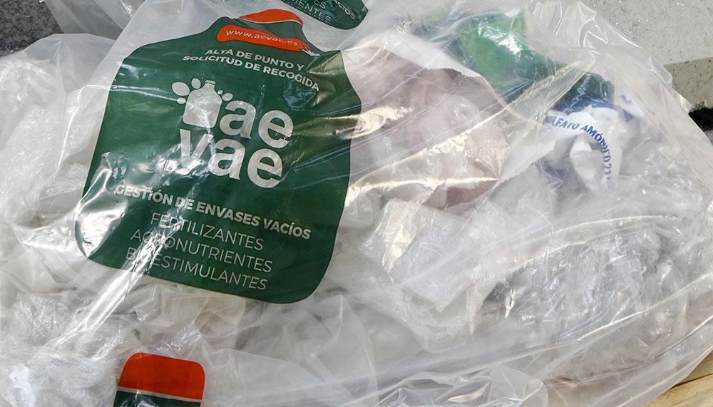 Punto de recogida de envases agricolas AEVAE