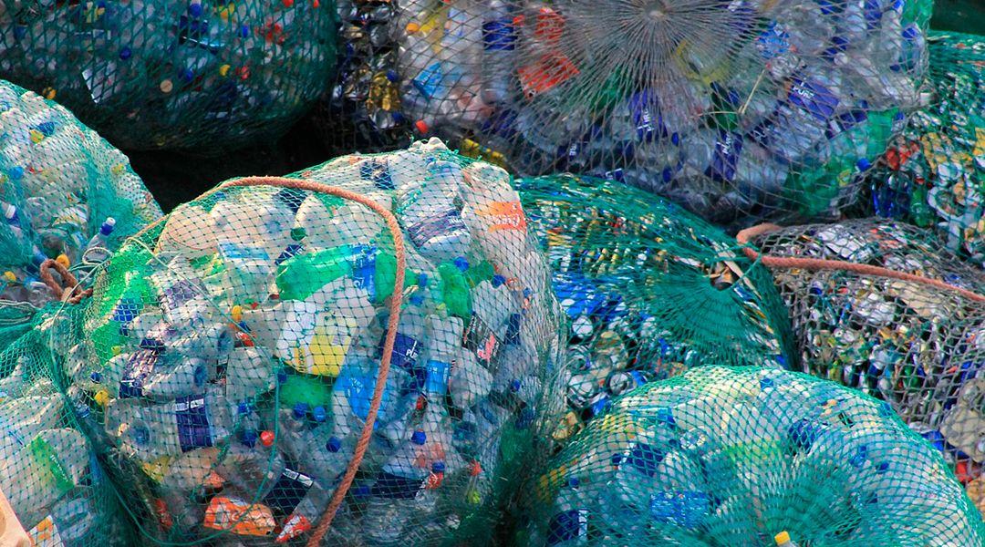 Reciclado mecánico del plástico